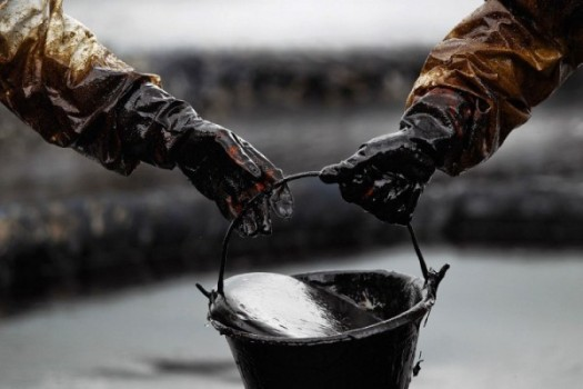 нефть в ведре
