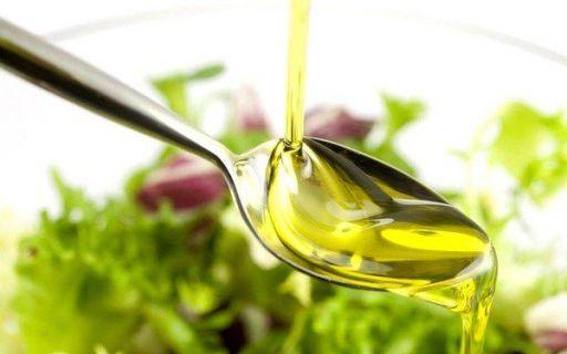 ложку оливкового масла
