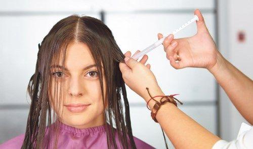 нанесение на волосы